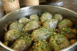 בצלים ממולאים בשר ואורז בסמטי