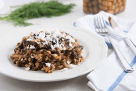 ספנקוריזו - תבשיל אורז יווני עם תרד ועגבניות
