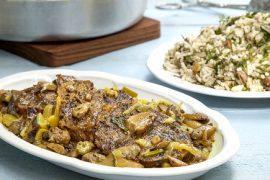 תבשיל בשר ופטריות עם פול ואורז