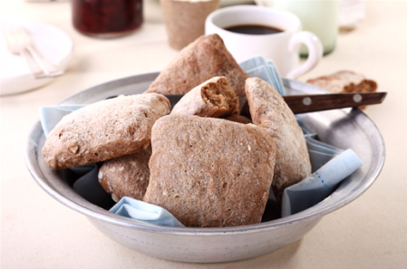 לחמניות אגוזי לוז