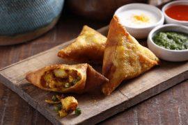 סמוסה הודית במילוי ירקות