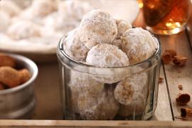עוגיות שקדים רציניות