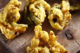 פאקורה - ירקות מטוגנים בסגנון הודי