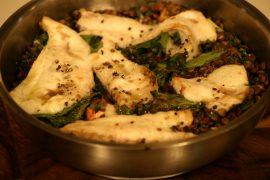 קדרת פילה דניס על תבשיל עדשים ירוקות