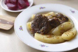קדרת בשר ותפוחי אדמה