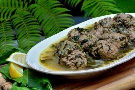 קציצות בשר עם בורגול ברוטב ירוק