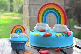 בצק סוכר: כך מעצבים עוגה של אהבה