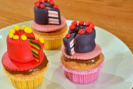 בצק סוכר: כך תעצבו עוגת יום הולדת