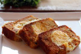 ביצה בקן עם לחם תירס