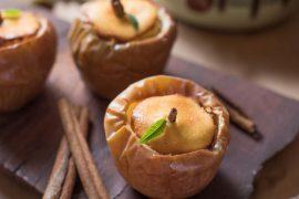 עוגת גבינה אישית אפויה בתפוח