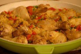 פאייה עוף חגיגית עם אורז בסמטי