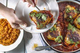 תבשיל עוף ברוטב חריימה עם פתיתים