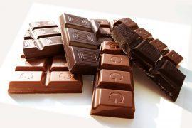 עוגיות מושחתות של שלושה שוקולדים