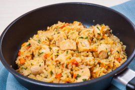 אורז עם עוף וירקות