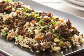 תבשיל מהיר של בשר עם קוסקוס בסגנון אמריקאי
