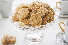 עוגיות מלוחות של פרמז'ן ואגוזים