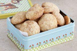 עוגיות חמאה בציפוי סוכר וקינמון