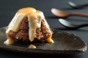 עוגת פודינג תמרים