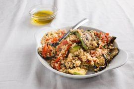 סלט בורגול עם ירקות צלויים
