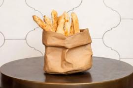 מקלות גבינה מלוחים