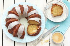 עוגה בחושה עם קוקוס ואננס
