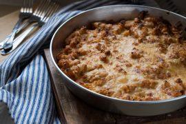 מאפה פסטה ברוטב בשמל ועגבניות