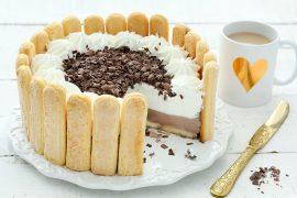 עוגת קרם שוקו-וניל עם בישקוטים