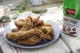 ארז קומרובסקי מדגים: סמבוסק קסם במילוי חומוס מתובל