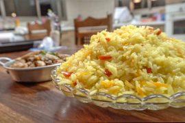 תבשיל אורז וירקות בסיר אחד
