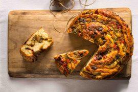 לחם אנטיפסטי במילוי ירקות צלויים