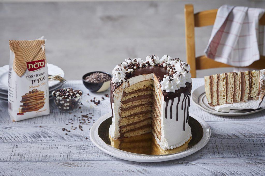 עוגת פנקייק במילוי קרם שוקולד עשיר