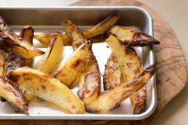 פלחי תפוחי אדמה מתובלים בתנור