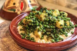 קוסקוס עם תבשיל ארטישוק ירושלמי ואפונה
