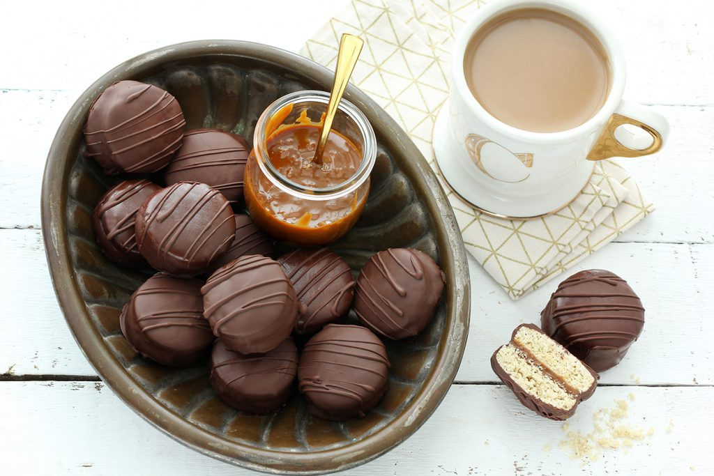 אלפחורס קלאסיים בציפוי שוקולד