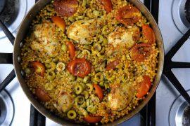 תבשיל מהיר של שוקי עוף ופתיתים