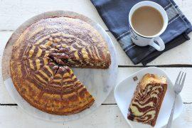 זברה או שיש? מתכון לעוגה בחושה בטעם שוקו וניל
