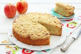 עוגת תפוחים מרשימה וקלה להכנה
