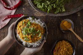 דאל: תבשיל אפונה צהובה בסגנון הודי