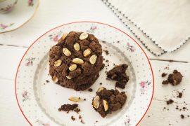 עוגיות שוקולד עם בוטנים מלוחים