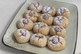 עוגיות טחינה עם שקדים