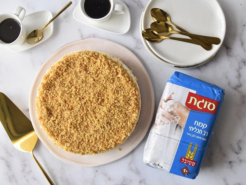 עוגת גבינה עם קמח סוגת