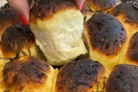 כדורי חלה במילוי גבינה