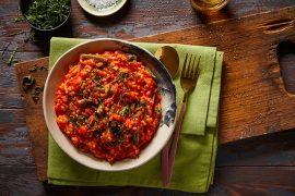 תבשיל אורז, שעועית ירוקה ועגבניות